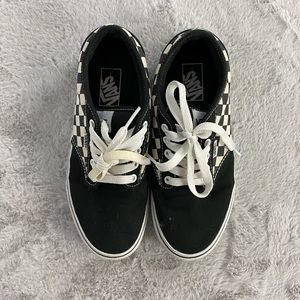 Vans Black & White Checkered Sneaker Size 8.5